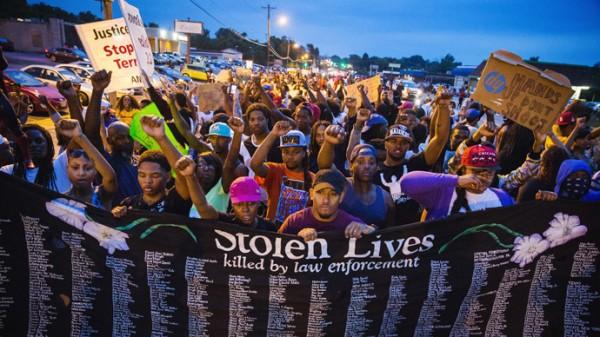 Ferguson+protests+ruling+%28photo+courtesy+of+rt.com%29+