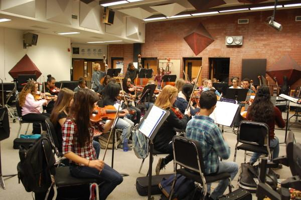 Orchestra+practicing+before+their+performance+%28Madeline+Jauregui%29