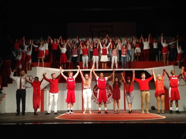 Review%3A+High+School+Musical+Gets+Its+Head+in+the+Game
