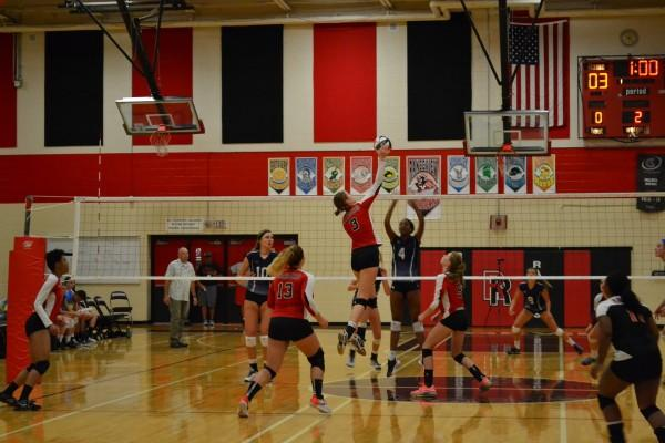 Photo+of+the+Day%3A+Volleyball+Caught+in+Cherokee+Trail