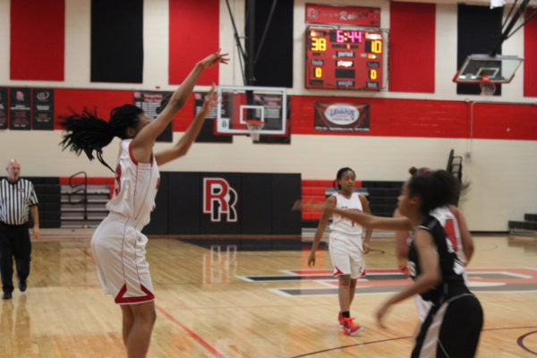 Girls basketball plans to improve off of last season