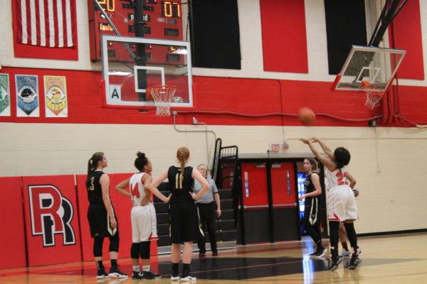 Girls+basketball+shoots+for+success