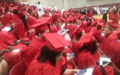 Navigation to Story: Photo of the Day: Graduation is finally here