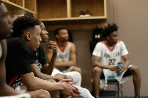 Rangeview boys basketball heads into the season as the preaseason #1 team. (Feature Photo by: Yucheng Zhang)