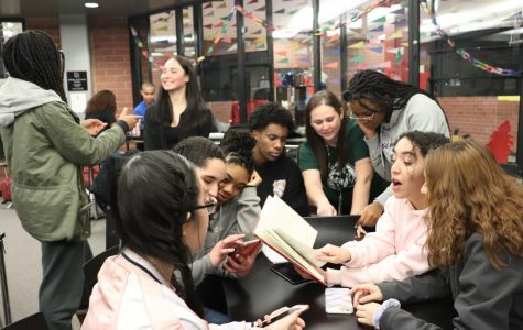 Feature Photo by: Irl Paulalengan - Seniors Jessenia Jamie Delgado, Salma Ait Chafhi, Emma Nyonkah, Nathan Berhe, Hailey Baker, Marwa Ait Chafhi, Kathy Pham, Vernika Dombayeva, Jazmyne Ewing along with the college and career center advisor, Shauna Meyer, are chatting with each other in the CCC, demonstrating the immense diversity Rangeview has to offer.