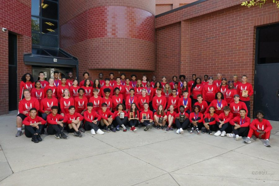 The official team photo for the 2021 season.(@rangeviewtrackandfield on instagram)